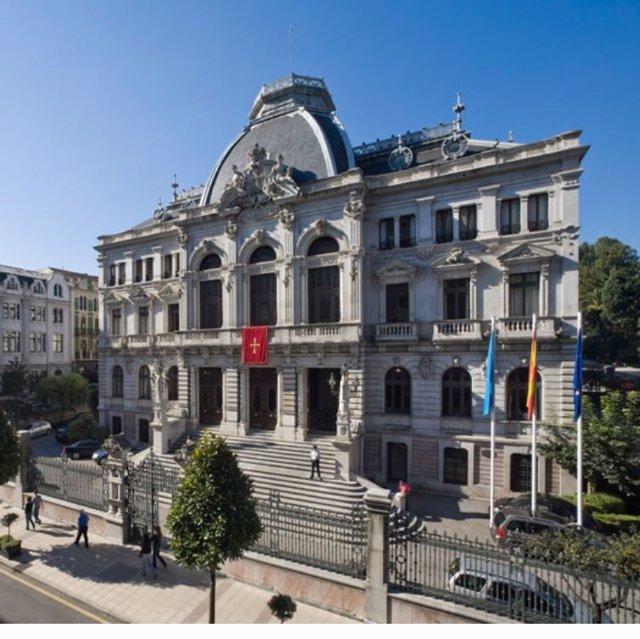 Imagen del edificio de la Junta General del Principado de Asturias.