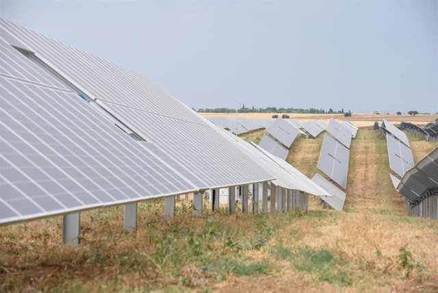 Planta fotovoltaica en Novés.