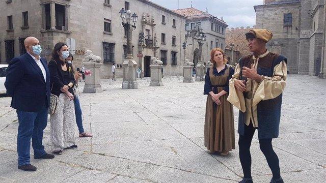 Presentación de las visitas teatralizadas en Ávila.