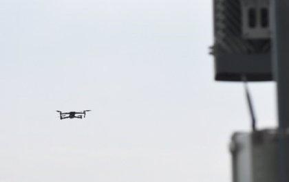 Una nueva solución con IA y drones para optimizar el rendimiento de la red 5G
