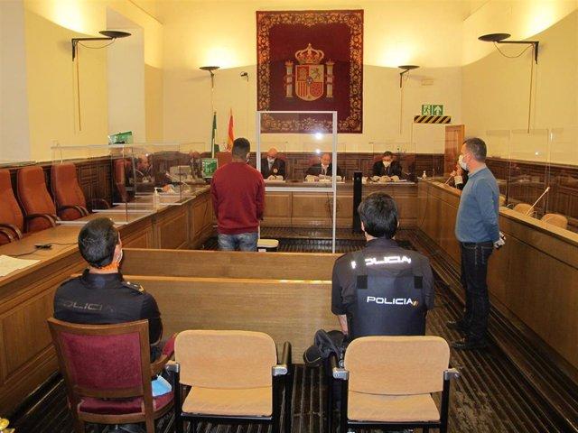 Juicio contra el acusado en la Audiencia de Granada