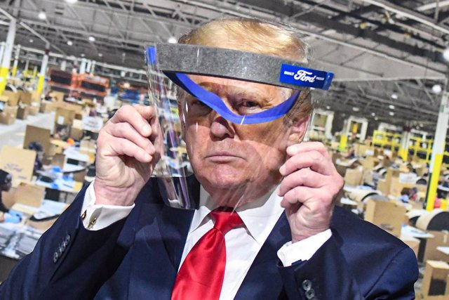 Economía.- EEUU amenaza con nuevos aranceles a 2.750 millones en productos de Es