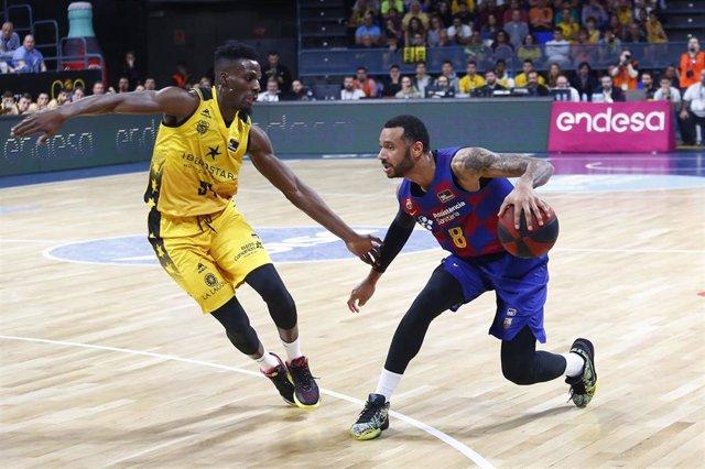 Hanga en el Barcelona - Tenerife de liga regular
