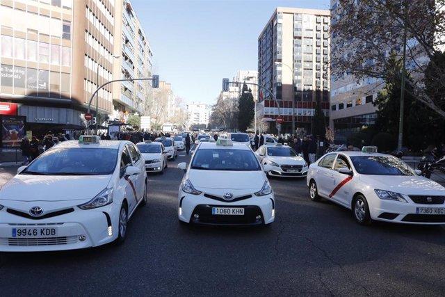Concentración de varios taxistas en Madrid.