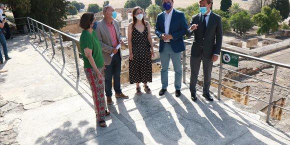 2. El delegado de la Junta y el alcalde de Córdoba visitan Medina Azahara en su reapertura al público
