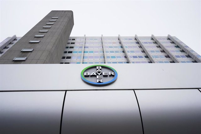 FILED - 30 March 2020, Berlin: A general view of of the logo of pharma company Bayer AG on Muellerstrasse. Bayer AG plans to support the fight against the coronavirus pandemic with further measures and is providing equipment from research departments thro