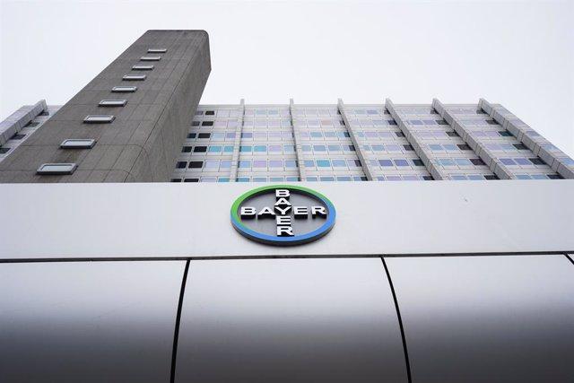 Economía.- Bayer llega a un acuerdo extrajudicial de 10.715 millones para cerrar