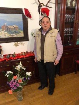 """Un edil de PP y otro de PSOE quitan el bastón de mando a De Pablo Ricote, alcalde 'popular' de Campisábalos, al que tanchan de """"viejo chocho"""", según explica el exregidor"""