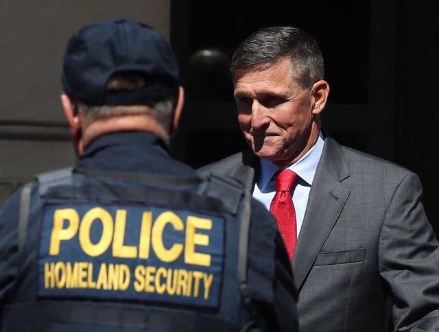 EEUU.- Un tribunal de apelaciones desestima el caso contra Michael Flynn, exases