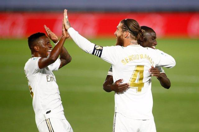 Fútbol/Primera.- Crónica del Real Madrid - Mallorca, 2-0