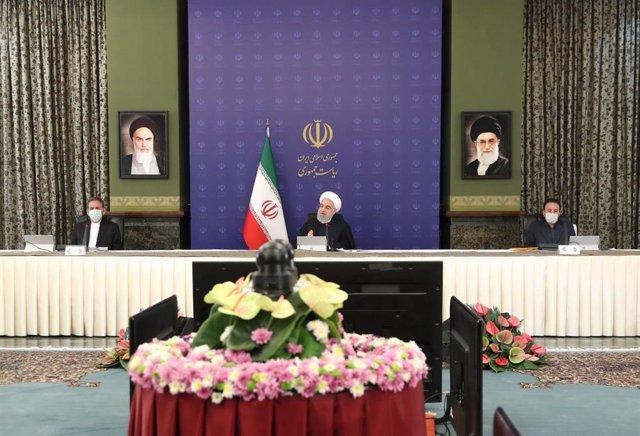 El presidente de Irán, Hasán Rohani, en una reunión gubernamental