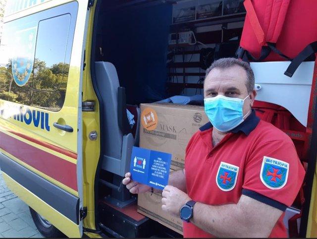 Proveedor ambulancia recibe mascarillas
