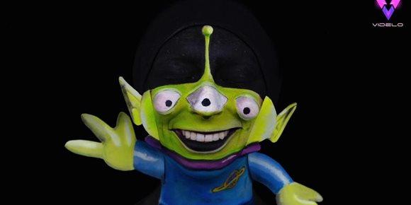 1. Esta talentosa artista transforma su cara en icónicos personajes de Disney Pixar