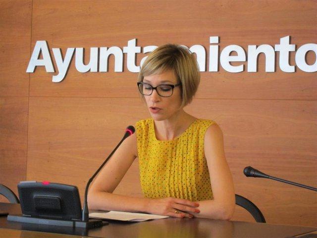 La concejal del Grupo Municipal Popular, Penélope Ramírez, en rueda de prensa