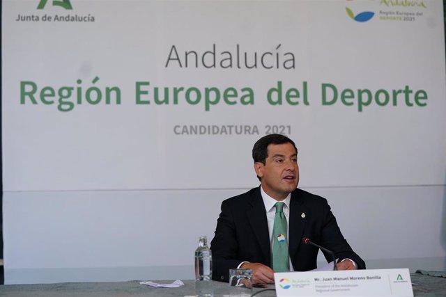 El presidente de la Junta de Andalucía, Juanma Moreno, presenta la candidatura de Andalucía a Región Europea del Deporte en 2021.