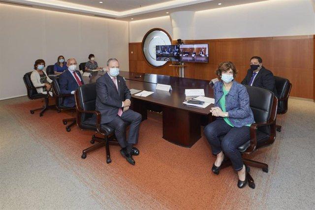 Representación del Gobierno Vasco, encabezada por el consejero y portavoz del Ejecutivo, Josu Erkoreka, en la Comisión Mixta de Transferencias
