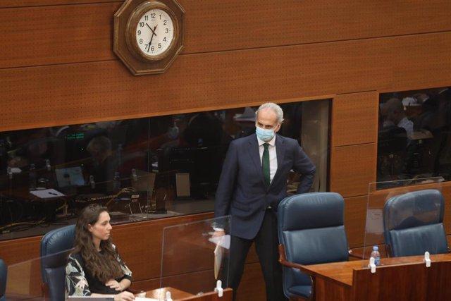 El consejero de Sanidad, Enrique Ruiz Escudero (PP), durante el pleno en que se debate su reprobación por su gestión de la crisis del coronavirus en la Asamblea de la Comunidad de Madrid, en Madrid (España), a 25 de junio de 2020.