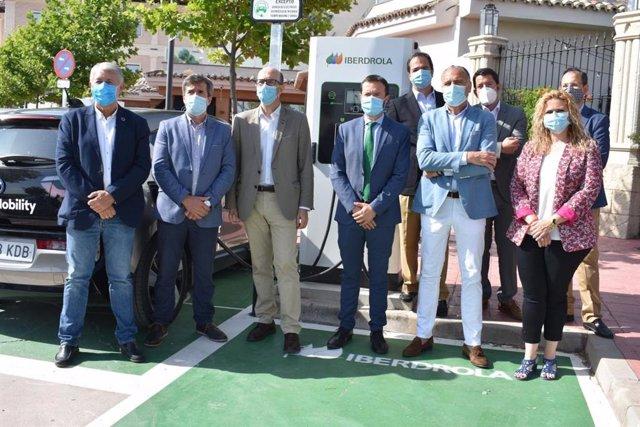 """Escudero destaca que la """"apuesta"""" de la Junta por las energías limpias sigue ava"""