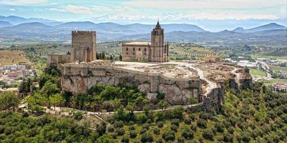 6. La Fortaleza de la Mota y el Palacio Abacial de Alcalá la Real (Jaén), listos para su reapertura en julio