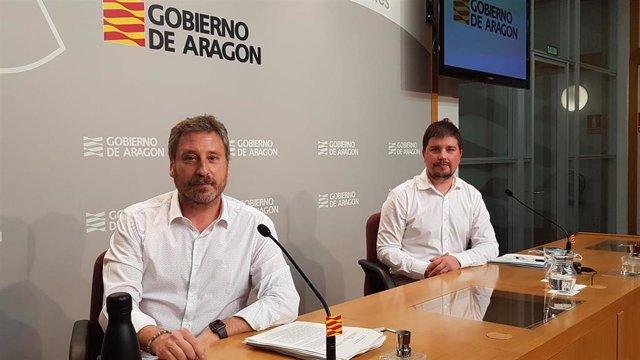 El consejero José Luis Soro y el director general de Ordenación del Territorio, José Manuel Salvador