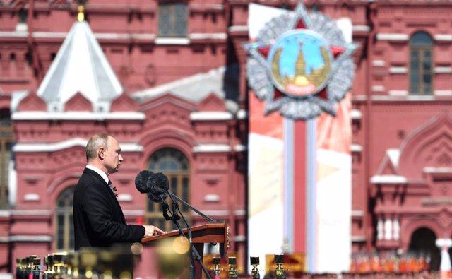 Coronavirus.- Rusia suma más de 7.000 casos nuevos de coronavirus y sigue sin fe