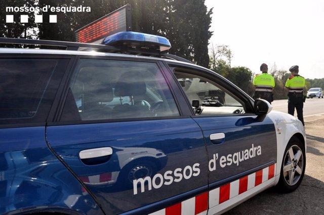 Controles de los Mossos d'Esquadra por Sant Joan