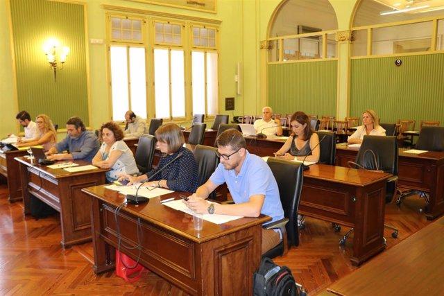 Sesión de la Comisión de Economía en el Parlament.