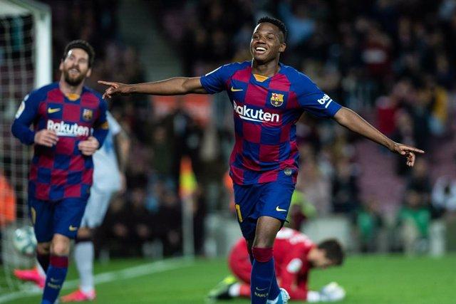 """Fútbol.- Bori Fati: """"Ansu está disfrutando y todo el que sale del Barça, quiere"""
