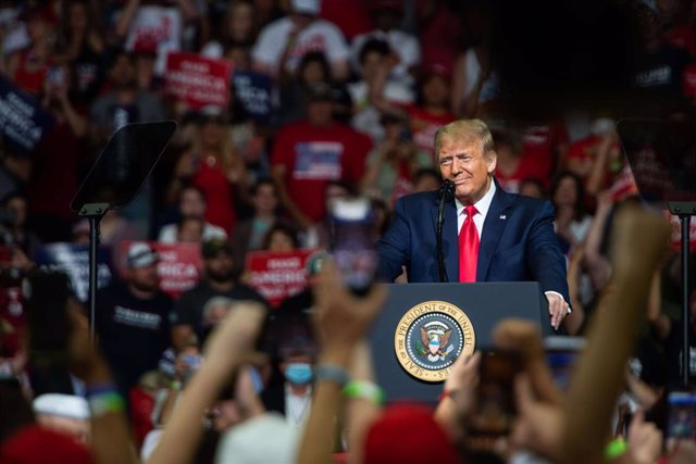 20 June 2020, US, Tulsa: US President Donald Trump speaks to his supporters during his campaign rally. Photo: Tyler Tomasello/ZUMA Wire/dpa