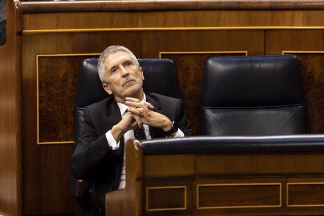 El ministro del Interior, Fernando Grande-Marlaska, durante la sesión de control al Gobierno en la que se ha cuestionado su intervención en las destituciones y nombramientos en la guardia Civil, en Madrid, (España), a 3 de junio de 2020.