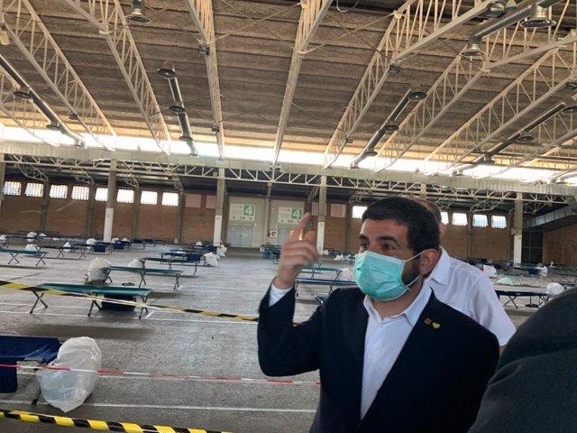 Chakir el Homrani en un pavelló de Fira de Lleida que acull temporers per la campanya de la fruita.