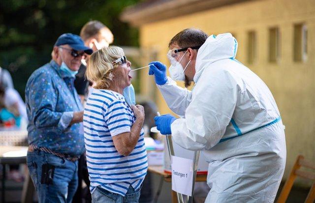 Coronavirus.- Los test masivos entre la población cercana al matadero alemán sol