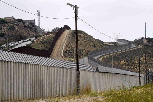 La frontera entre Estados Unidos y México en San Diego