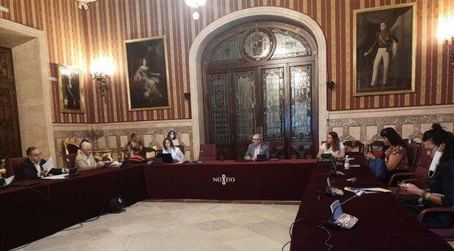 Ayuntamiento desarrollará una plataforma digital para coordinar la labor social de administraciones y entidades.