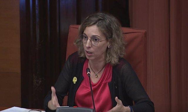 La consellera de Empresa y Conocimiento de la Generalitat, Àngels Chacón, este jueves en el Parlament