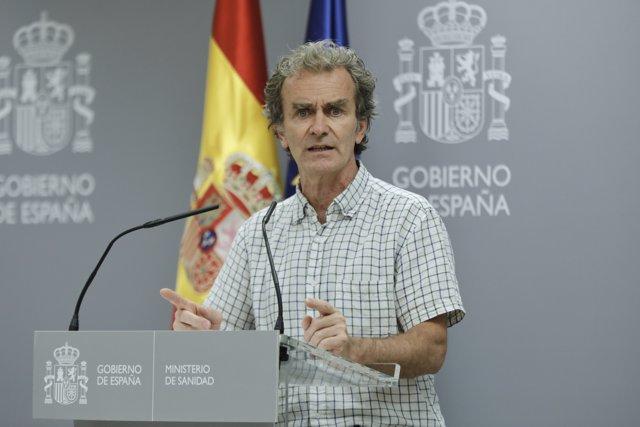 El director del Centro de Coordinación de Alertas y Emergencias Sanitarias (CCAES), Fernando Simón, ofrece la segunda rueda de prensa en el Ministerio de Sanidad desde que terminó el estado de alarma