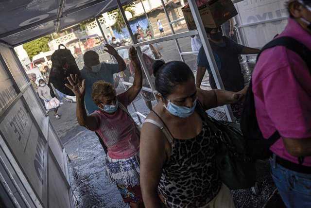 Medidas de control sanitario en San Salvador (El Salvador) por el coronavirus
