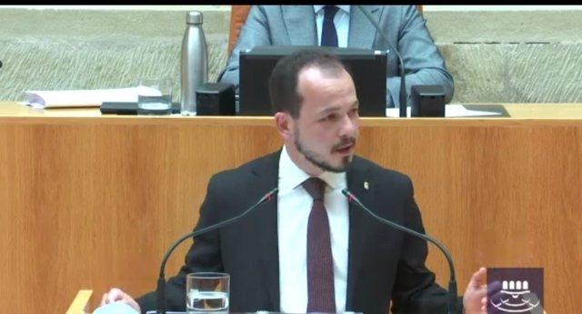 El portavoz del Grupo Parlamentario de Cs La Rioja, Pablo Baena, en la segunda sesión del Debate sobre el Estado de la Región