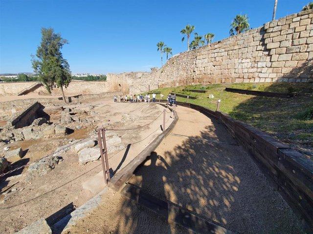 Vista del nuevo circuito turístico de la Alcazaba de Mérida