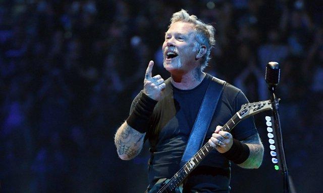 James Hetfield durante un concierto de Metallica