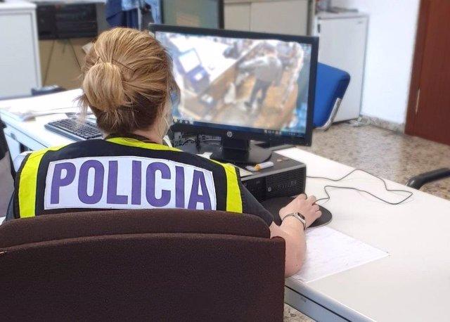 Agente de Policía Nacional. Imagen de archivo.