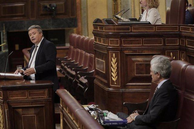 El portavoz de Justicia del Grupo Popular en el Congreso, Luis Santamaría, durante el pleno celebrado en el Congreso. En Madrid, (España), a 10 de junio de 2020.
