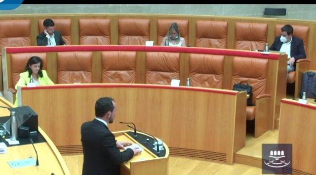 El portavoz del Grupo Parlamentaro de Cs, Pablo Baena, en la segunda sesión del Debate sobre el Estado de la Región