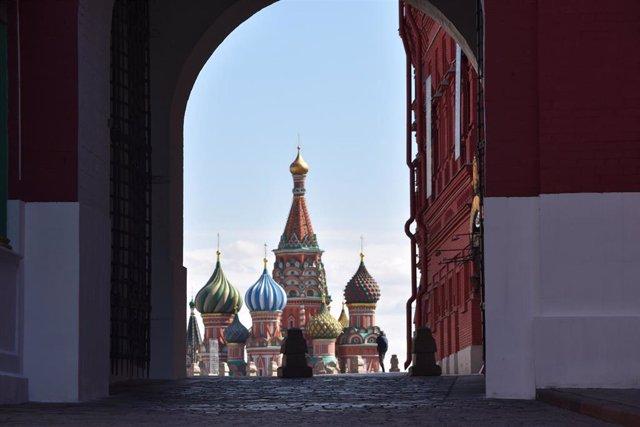La Catedral de San Basilio en la Plaza Roja de Moscú