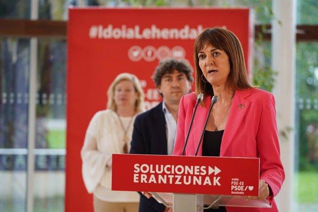 La secretaria general del PSE-EE, Idoia Mendia, en un acto de campaña en el Parque Tecnológico de Miramon, en San Sebastián