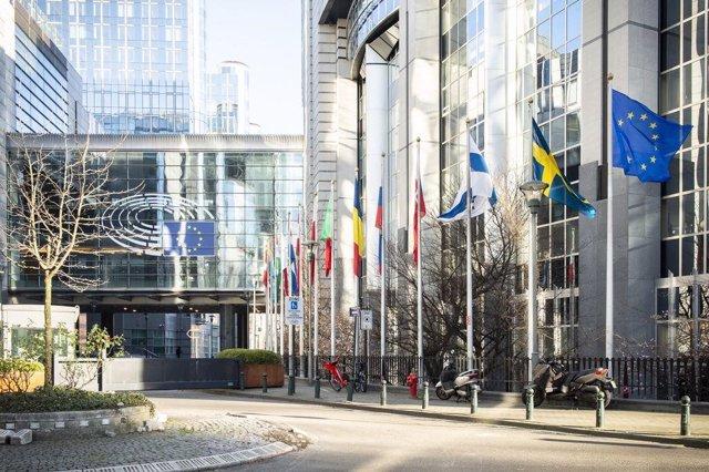 Sessió Plenària Extraordinària Del Parlament Europeu El 26 De Mar