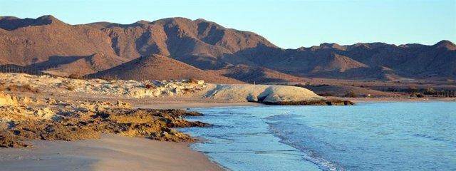 Bahía de Genoveses, en el parque natural de Cabo de Gata-Níjar