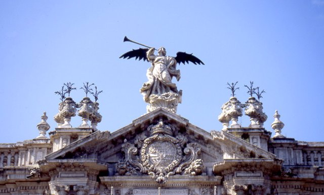 Fachada del Rectorado de la Universidad de Sevilla.