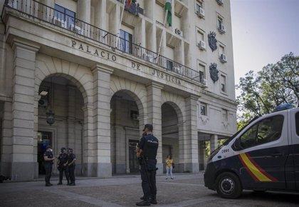 Tribunales.-El TSJA inadmite una querella contra tres magistrados de la Audiencia por una sentencia de hipoteca