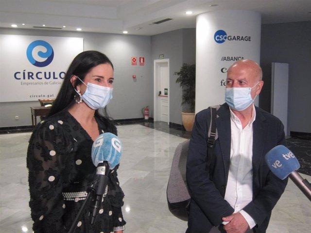 La presidenta del Círculo de Empresarios de Galicia, Patricia García, y el candidato de Marea Galeguista a la Presidencia de la Xunta, Pancho Casal, este viernes